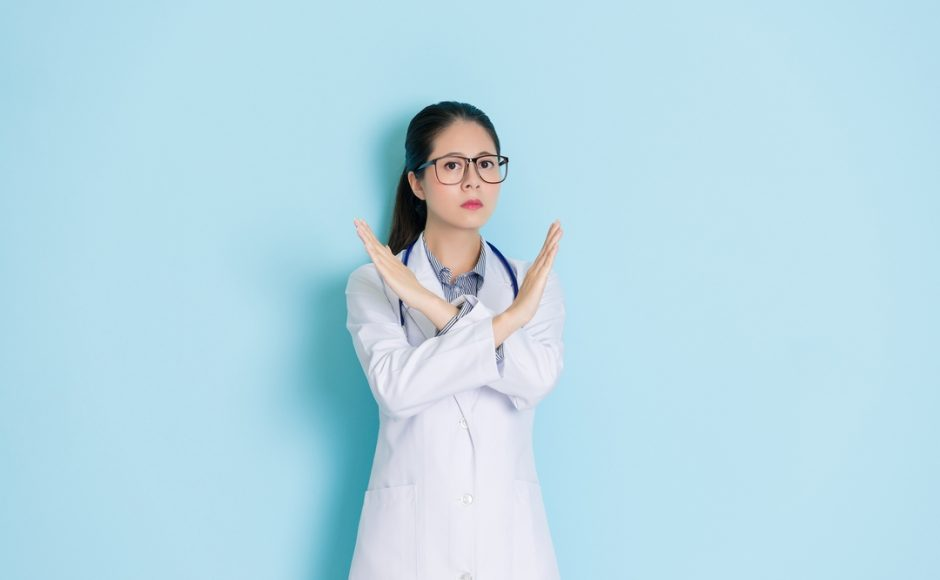 Don't Botch It: 7 Red Flags When Looking for a Plastic Surgeon