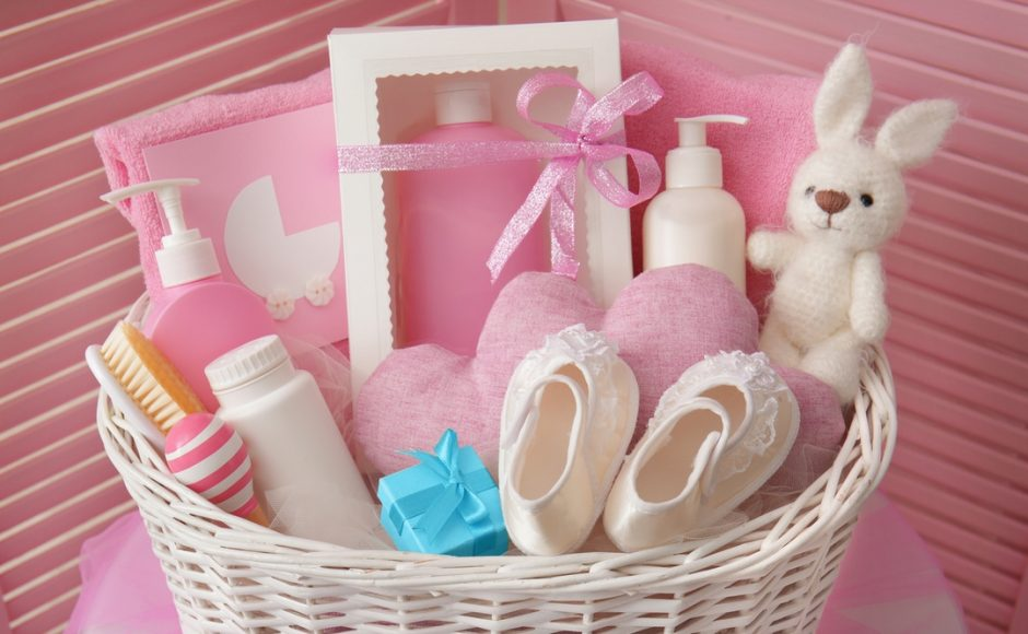A Gift from the Heart: 7 Ways to Personalize Your Gift Baskets