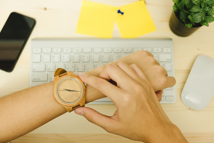 4 Style Tips for Wooden Watches