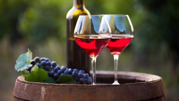 5 Tips for Drinking Red Wine Like a Pro