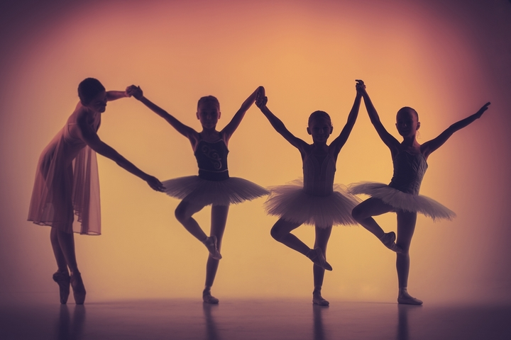 Extracurricular Activities: 4 Reasons Why You Should Enroll Your Child in Dance Class