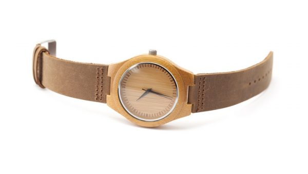 Knock On Wood: 4 Shopping Tips for Wooden Watch Buyers