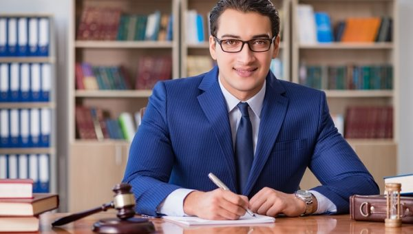 4 Ways to Prepare for Meeting a Lawyer