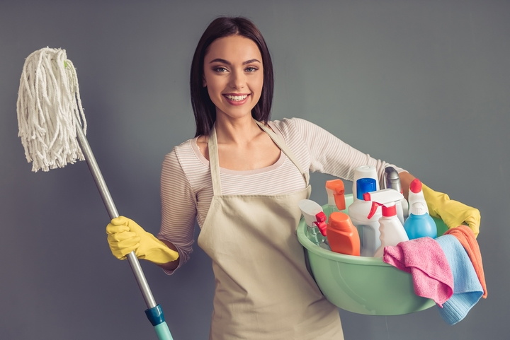 11 House Cleaning and Organizing Tips for the Busy Professional