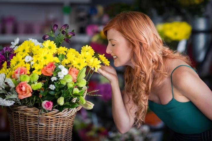 Popular Types of Flowers: Top 12 Women's Favorite Flowers