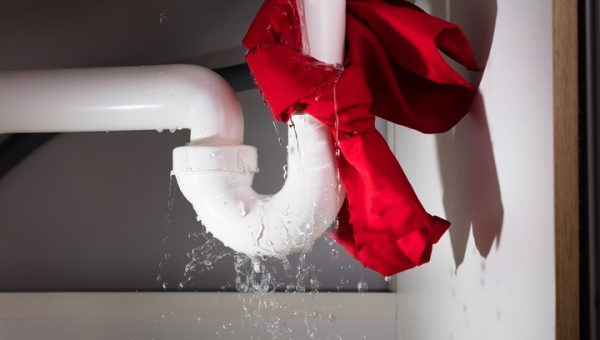 How to Stop a Leaking Pipe in 6 Simple Steps