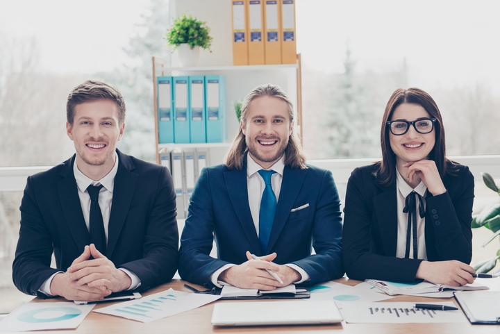 Top 5 Reasons to Work with a Staffing Agency